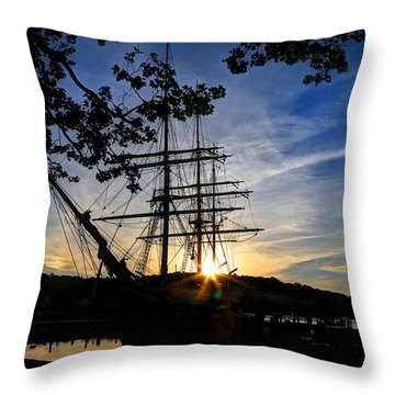 Sunset On The Whalers Throw Pillow