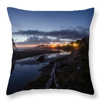 Sunset On Yachats River Throw Pillow