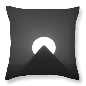 Throw Pillow featuring the photograph Sunset Over Cheops by Donna Corless