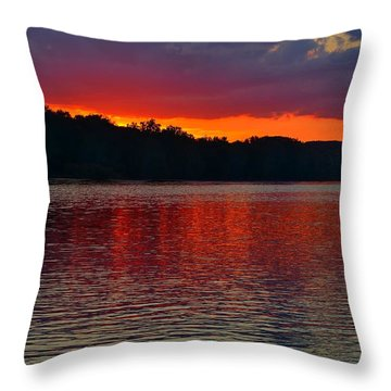 Sunset Over Delaware River At Washington Crossing Throw Pillow by Steven Richman