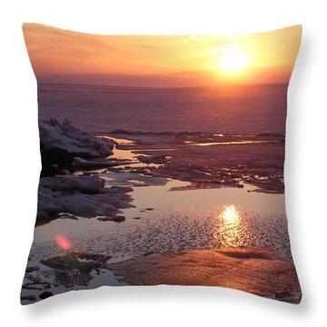 Sunset Over Oneida Lake - Horizontal Throw Pillow by Lori Kingston
