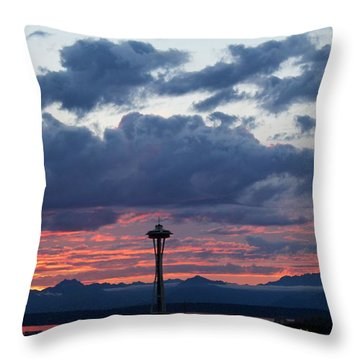Sunset Red Clouds And Space Needle Throw Pillow