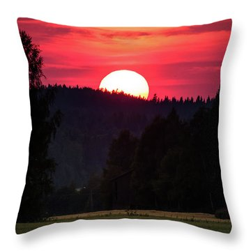 Sunset Scenery Throw Pillow