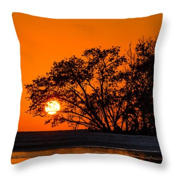 Sunset Sillouette Throw Pillow