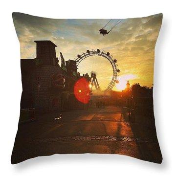 #sunset #sunsetlovers #sunrise #horizon Throw Pillow