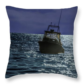 Sunsetting On Fisher Betting Throw Pillow
