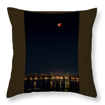 Super Blood Moon Over Ventura, California Pier Throw Pillow