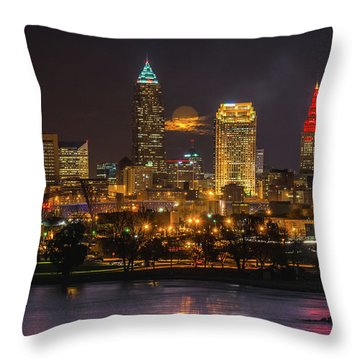 Super Moon 2016 Over Cleveland Throw Pillow