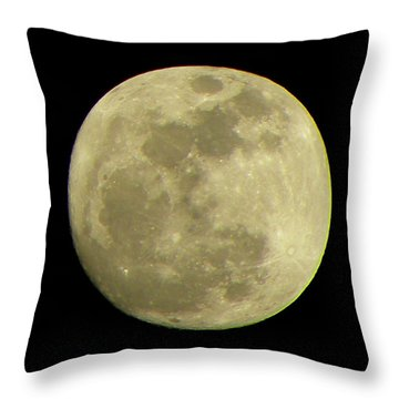 Super Moon March 19 2011 Throw Pillow by Sandi OReilly