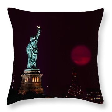 Super Moon Rising And The Statue Of Liberty Throw Pillow