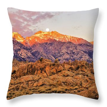 Supermoon Setting At Sunrise Over Mount Williamson In The Sierra Nevada Mountains Throw Pillow