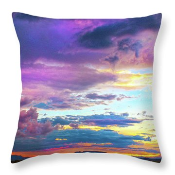 Supernatural Sky - Colorado Throw Pillow