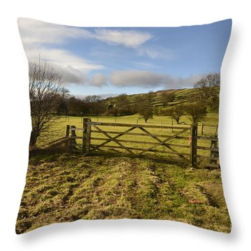 Yorkshire Throw Pillows