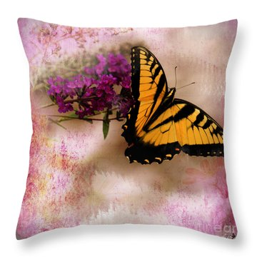 Swallow Tail Full Of Beauty Throw Pillow