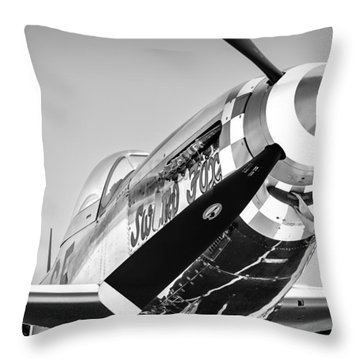 Swamp Fox As Fine Art Throw Pillow