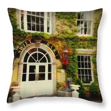 Swift Bar In Dublin Ireland Throw Pillow