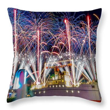 Symphony In The Stars As Seen Around Echo Lake Throw Pillow