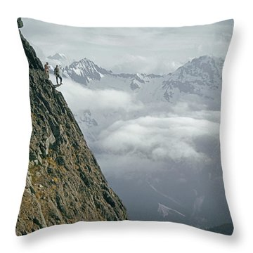 T-404101 Climbers On Sleese Mountain Throw Pillow