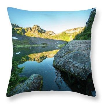 Table Mountain Golden Morning Throw Pillow