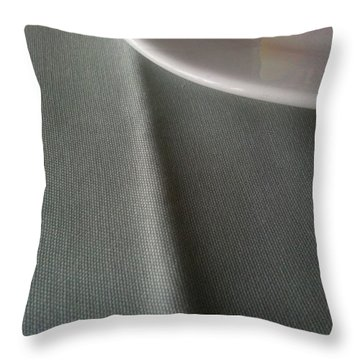 Tablecrease Throw Pillow