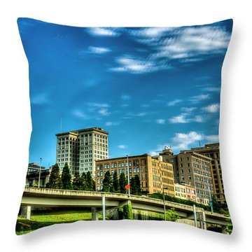 Tacoma,washington.hdr Throw Pillow