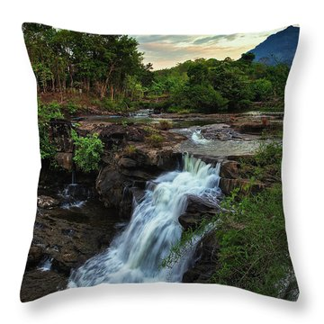 Tad Lo Waterfall, Bolaven Plateau, Champasak Province, Laos Throw Pillow