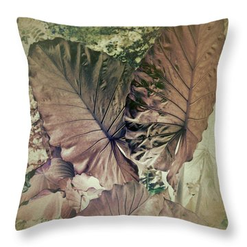 Tai Giant Abstract Throw Pillow
