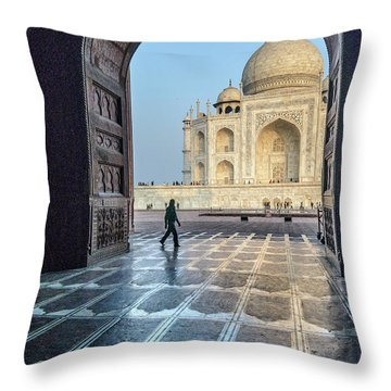 Taj Mahal 01 Throw Pillow