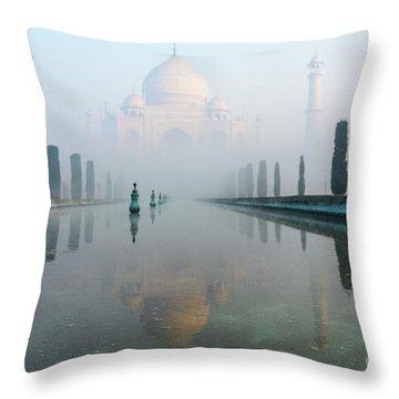 Taj Mahal At Sunrise 01 Throw Pillow
