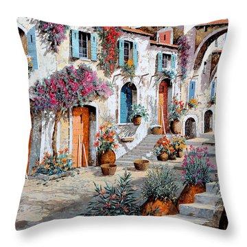 Tanti Fiori Per Strada Throw Pillow