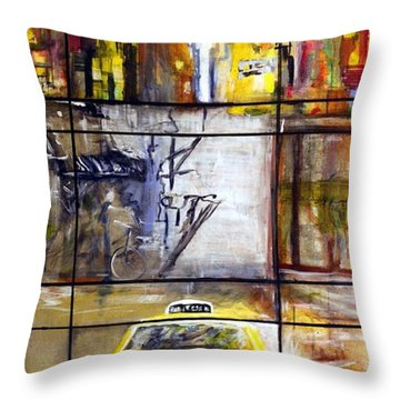Taxi 7 Throw Pillow