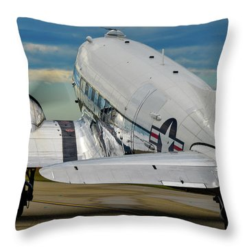 Taxiing To The Active Throw Pillow