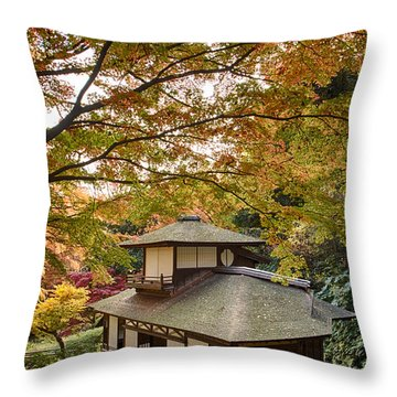 Tea Ceremony Room Throw Pillow