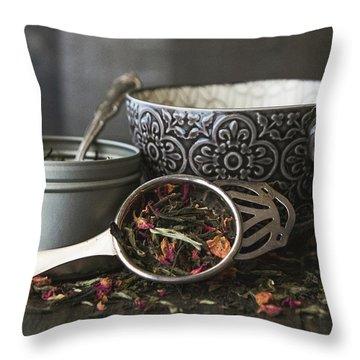 Tea Time 8312 Throw Pillow