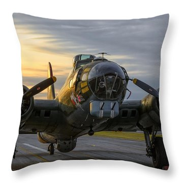 Texas Raiders Sunrise Throw Pillow