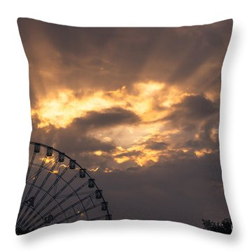 Texas Star Ferris Wheel And Sun Rays Throw Pillow
