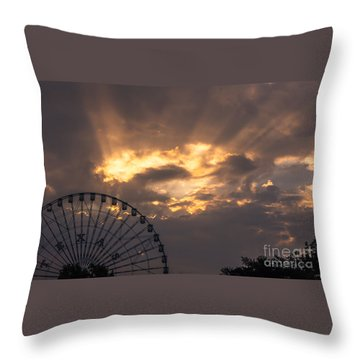 Texas Star Ferris Wheel And Sun Rays Throw Pillow