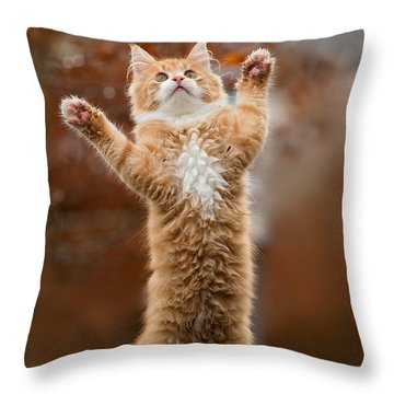 That Mouse Was This Big -red Haired Kitten Throw Pillow