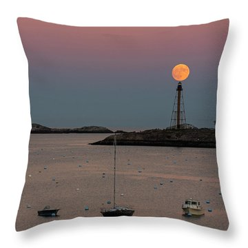 The 2016 Supermoon Balancing On The Marblehead Light Tower In Marblehead Ma Throw Pillow