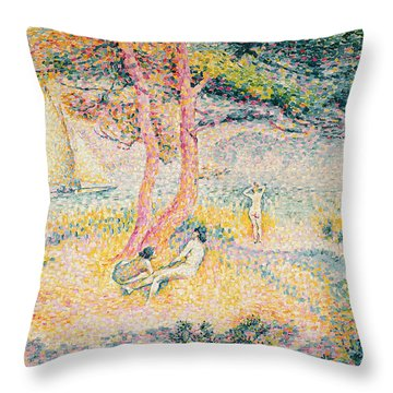 The Beach At St Clair Throw Pillow