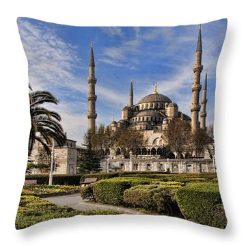 The Blue Mosque In Istanbul Turkey Throw Pillow