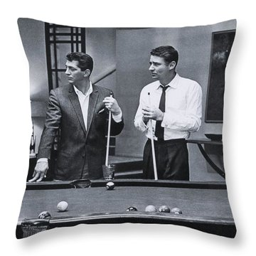 The Cast Of Ocean's 11 Throw Pillow