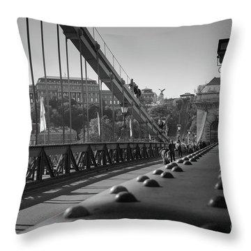 The Chain Bridge, Danube Budapest Throw Pillow