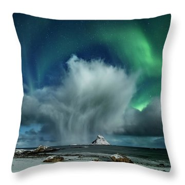 The Cloud II Throw Pillow