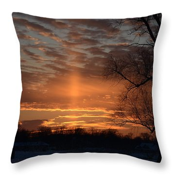 The Cross In The Sunset Throw Pillow