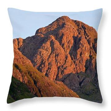 The Evening Light Hits Bidean Niam Ban Throw Pillow