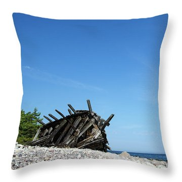 Throw Pillow featuring the photograph The Final Rest by Kennerth and Birgitta Kullman