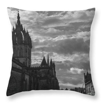 The High Kirk Of Edinburgh Throw Pillow