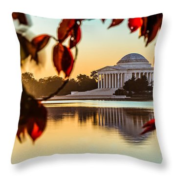 Jefferson In Autumn Throw Pillow