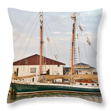 The Kaiui Ana - Ocean City Maryland Throw Pillow